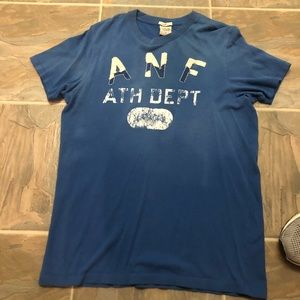 Men's Abercrombie and Fitch bundle of 2 T-shirts